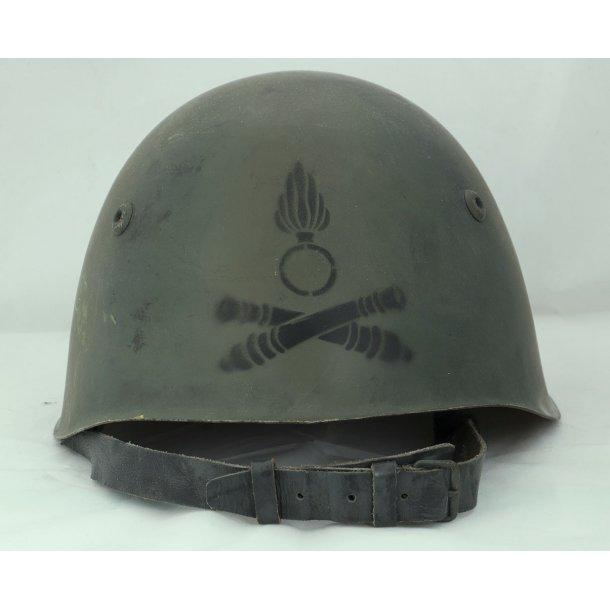 Italian M33 Camo Artillery helmet