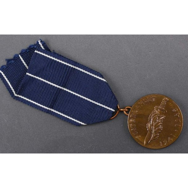 Finnish Comm. Medal of the Continuation War