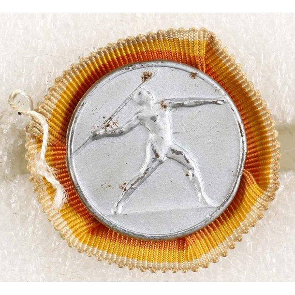 Berlin 1936 Olympic Javelin thrower workers badge