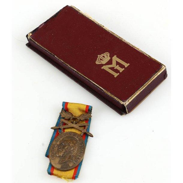 Romanian  Medal for Loyalty  & Bravery + Bag