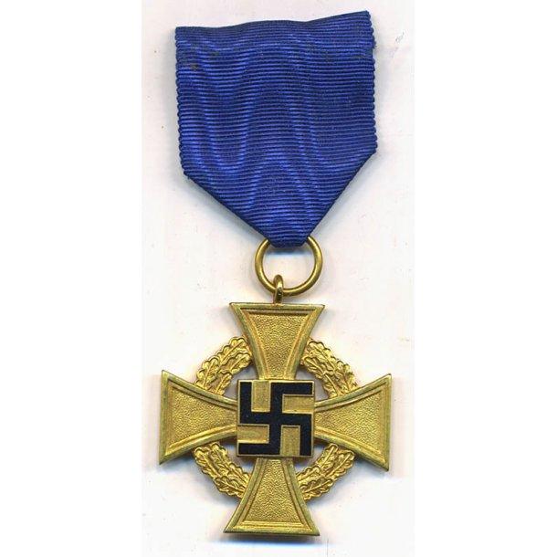 40 years Faithful service medal