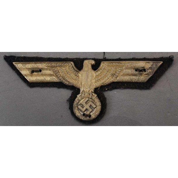 Kriegsmarine Officer's metal breast eagle