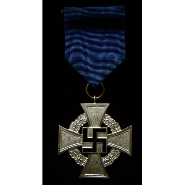 25 years Faithful service medal