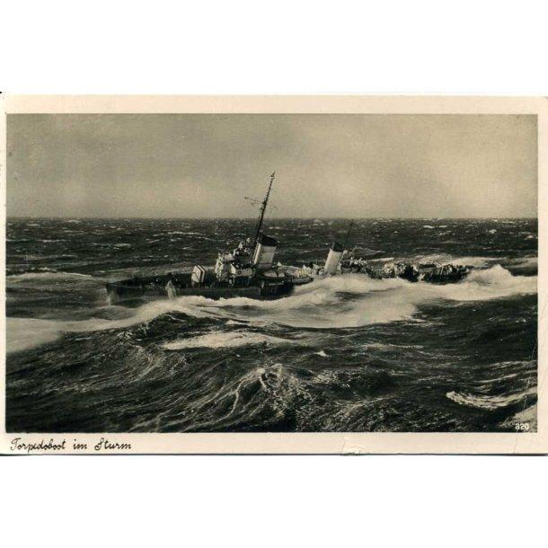 Kriegsmarine Torpedoboot in a storm
