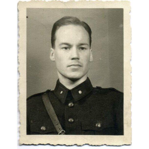 Finnish photo of a Second Lieutenant