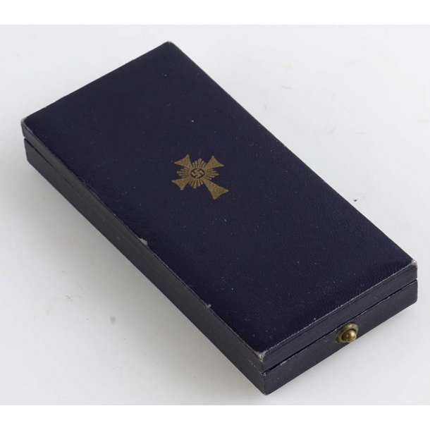Mothers Cross in Gold with case of issue