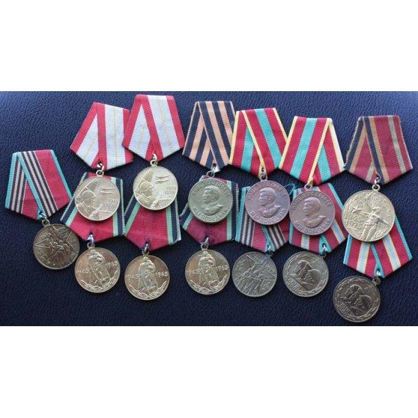 Nice lot of 13 Soviet medals