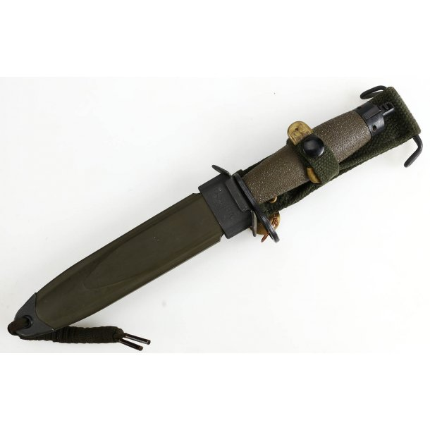 Norwegian AG3 assault rifle bayonet