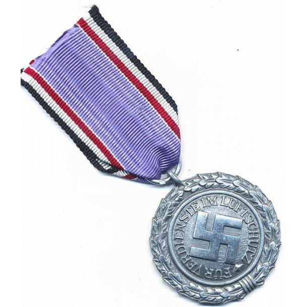 Luftschutz medal 2nd class '60'