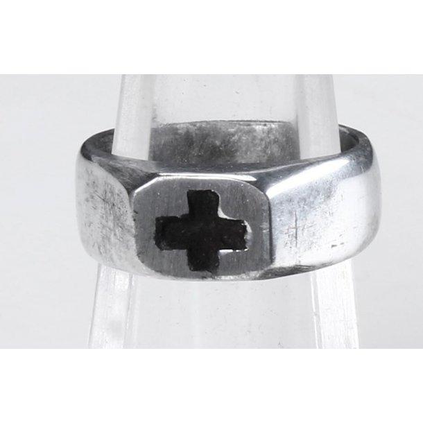 WW1 Iron cross trench art ring